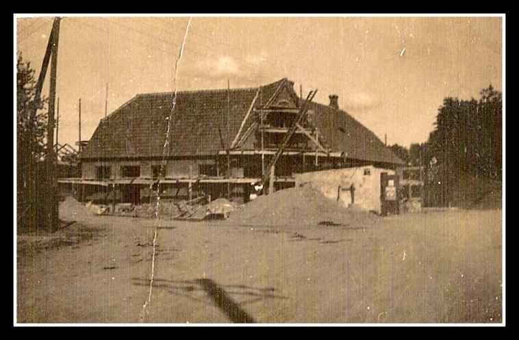 Hejninge Brugsforening under opførelse i 1929/30
